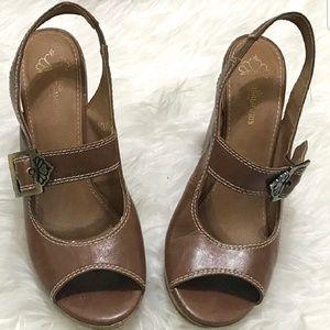 BROWN Fergalicous high heels